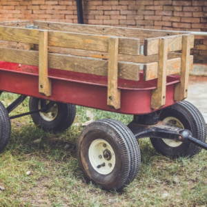 Agricultural trailer equipment, trailer equipment, trailer axle